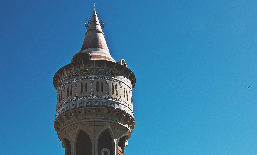 Ein ebenfalls sehr detailreich gestalteter Wasserturm