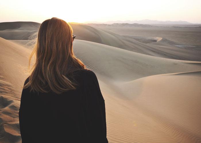 In den einsamen Sanddünen konnte Aylin das Kopftuch abnehmen