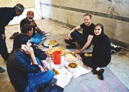 Essen in der Moschee