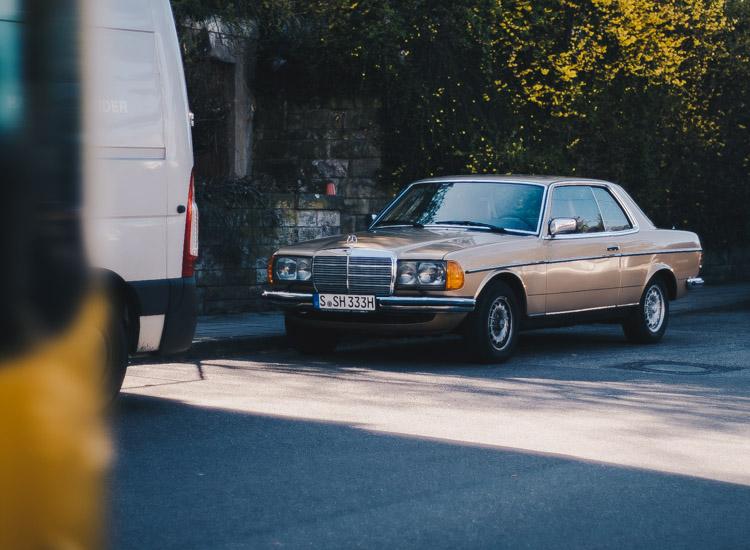 Ein Mercedes Oldtimer