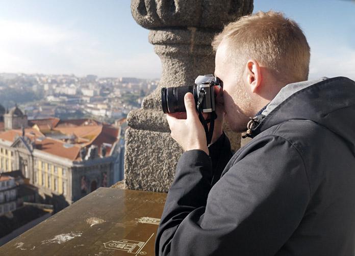 Ich in Porto mit der Olympus OM-D E-M10 und dem Objektiv Olympus M.Zuiko Digital ED 40-150mm F4‑5.6