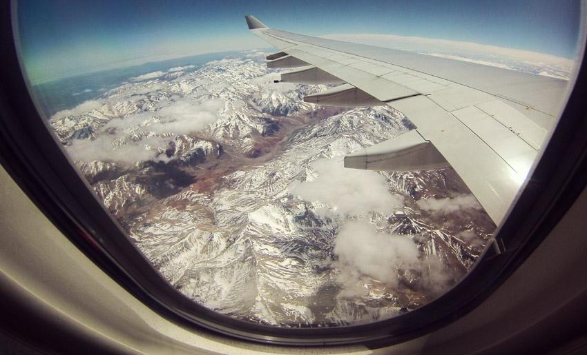 Ausblick über die Anden beim Rückflug nach Europa